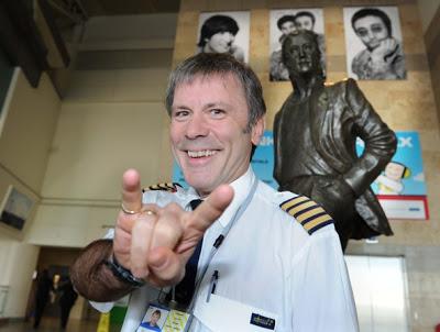 Bruce Dickinson Piloto