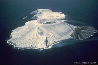 102892-volcan-everman-isla-socorro-archipielago-de-revillagigedo-manzanillo-colima-mexico-archipielago-de-revillagigedo-mexico
