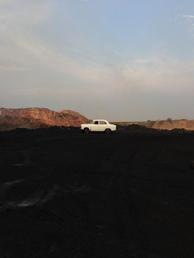 _91321670_ronny-sen-jharia-the-end-02b