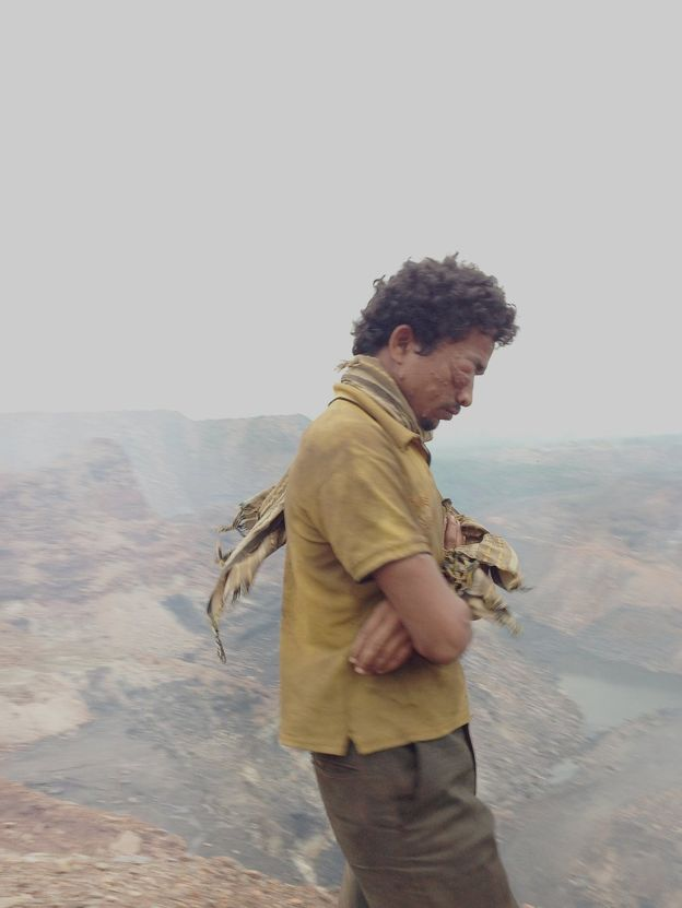 _91321708_ronny-sen-jharia-the-end-07