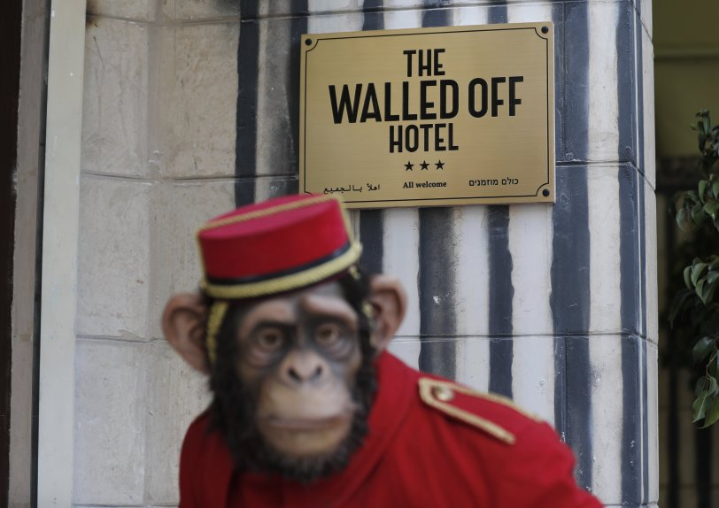 Walled off Hotel de Banksy. Foto AFP