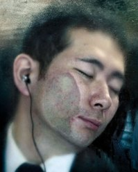 photography-tokyo-compression-michael-wolf-japan-17-58e23f1793c3f__700